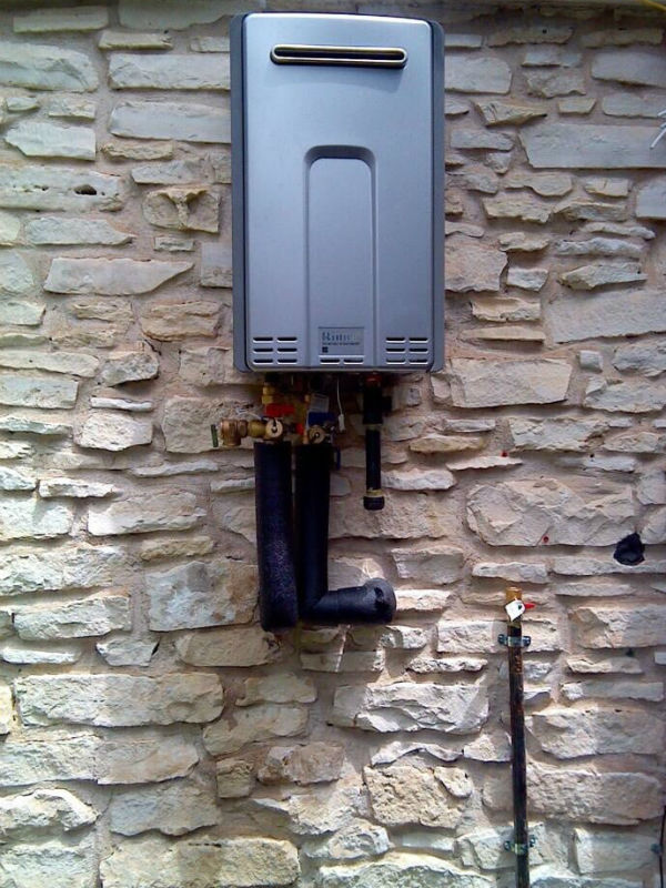 04-affordable gas tankless water heater plumber contractor emergency_austin cedar park texas 78613